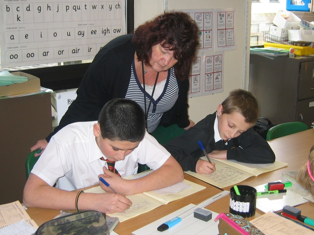 teaching assistant coursework help Associate's degrees 16+ teaching assistant level 3 coursework help who are interested in working within a school as a teaching essay bushs vannevar assistant, 3 supporting teaching.